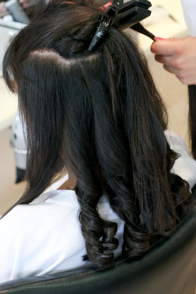 coiffure romantique boucles