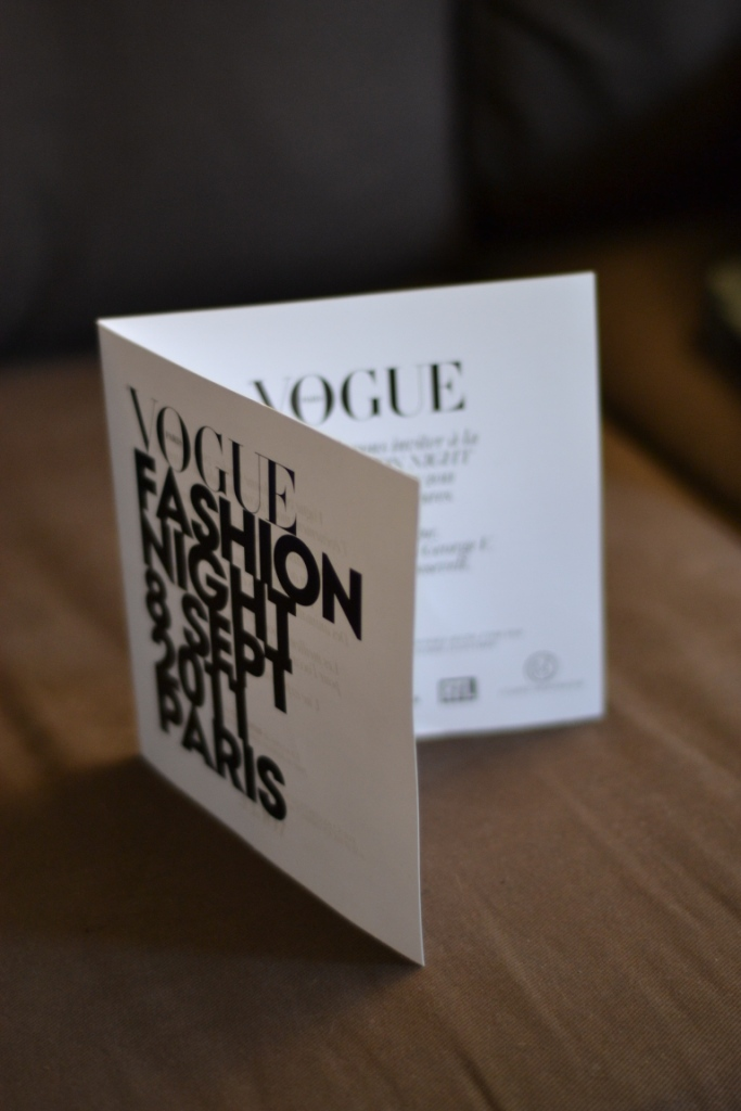 Carton d'invitation vogue fashion night 2011