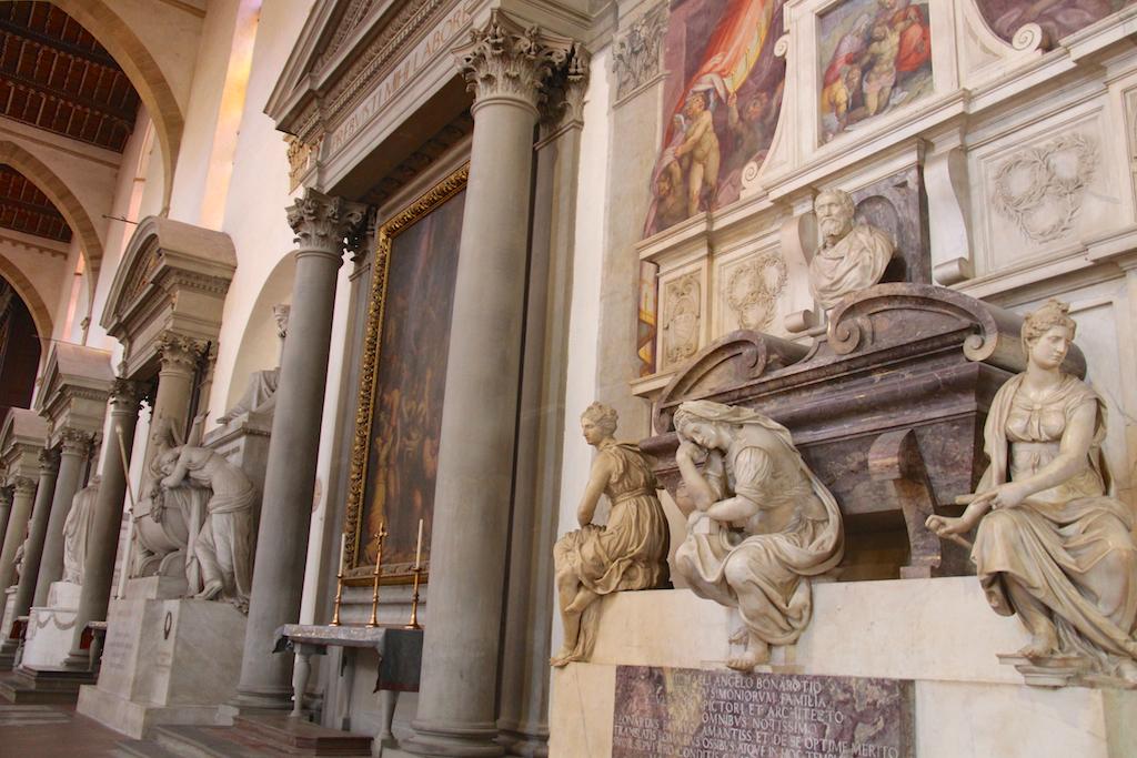 Guide Florence-18 Basilica di Santa Croce tombe Michel Ange