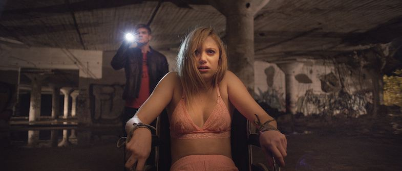 Photo It Follows Review