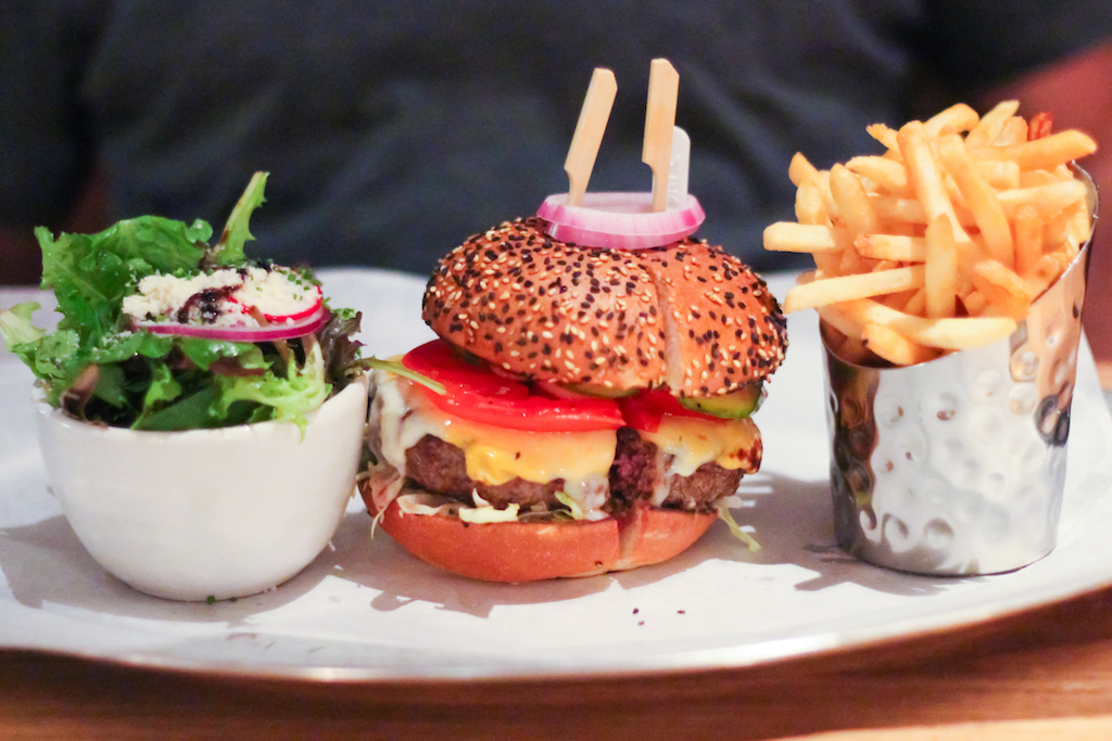 New York city guide Burger & Lobster 1